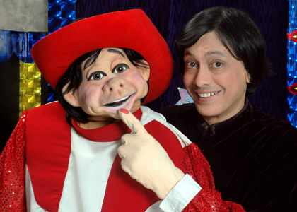 Ventriloquist Ramdas Padhye with his puppet Tom the Terrific